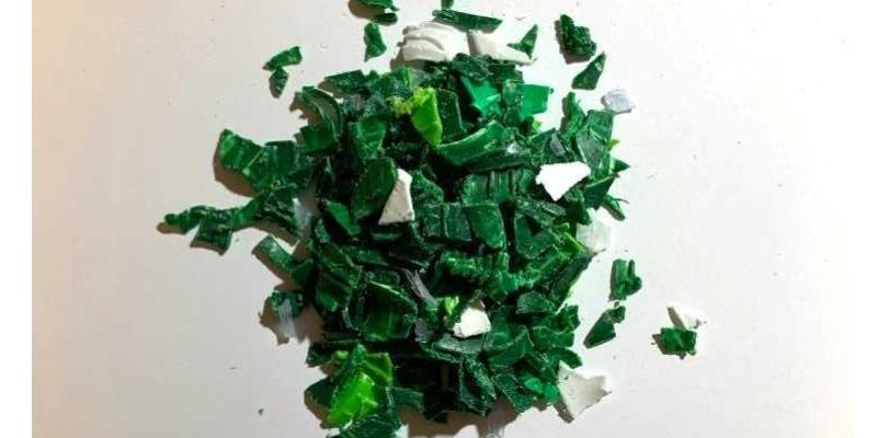 Marco Arezio - Consulente materie plastiche - Macinato in PP Verde dal Settore Farmaceutico