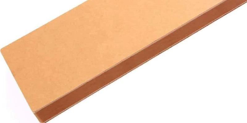 Marco Arezio - Consulente materie plastiche -  Tavolo in cartone riciclato in scatola