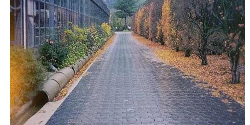 Marco Arezio - Consulente materie plastiche - Pavimentazioni per viali pedonali