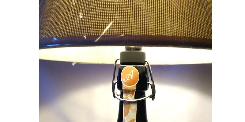 Marco Arezio - Consulente materie plastiche -  Lampada in una bottiglia riciclata di birra da 2 litri