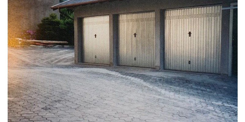 Marco Arezio - Consulente materie plastiche - Pavimentazioni per garage fatti con masselli in PVC riciclabile