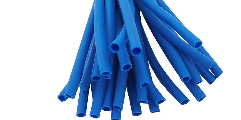 Marco Arezio - Consulente materie plastiche - Tubetti in PVC per legatura blu