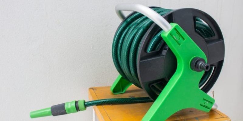 Marco Arezio - Consulente materie plastiche - Interno del tubo in PVC Riciclato per irrigazione