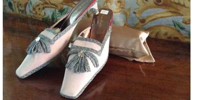 Marco Arezio - Consulente materie plastiche - 8th century slippers
