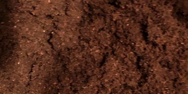 https://www.arezio.it/ - Polvere di cocco per campi in erba sintetica in pp